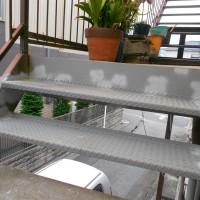 東京都足立区の外階段部分補修工事の施工事例