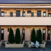 東京都足立区アパートの外壁塗装・共用階段長尺シート工事の施工事例