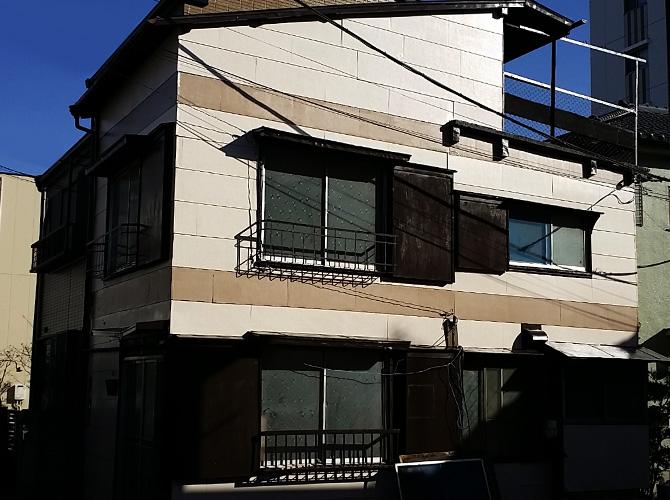東京都足立区のボーダー柄で仕上げた外壁塗装・屋根塗装工事の施工事例