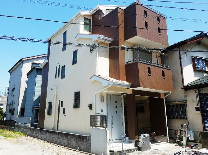 東京都足立区3階建住宅の外壁塗装・屋根塗装・防水工事の施工事例