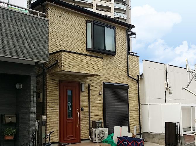 足立区2階建住宅のクリヤ系塗料を使った外壁塗装・屋根塗装工事の施工事例