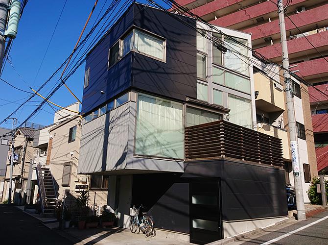 東京都文京区戸建住宅の外壁塗装・外壁サイディング張り替え工事の施工事例