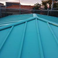 埼玉県草加市2階建住宅の瓦棒葺き屋根の葺き替え工事の施工事例